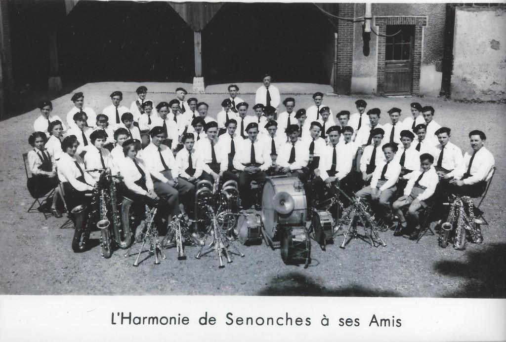4  L'Harmonie à ses amis 1955
